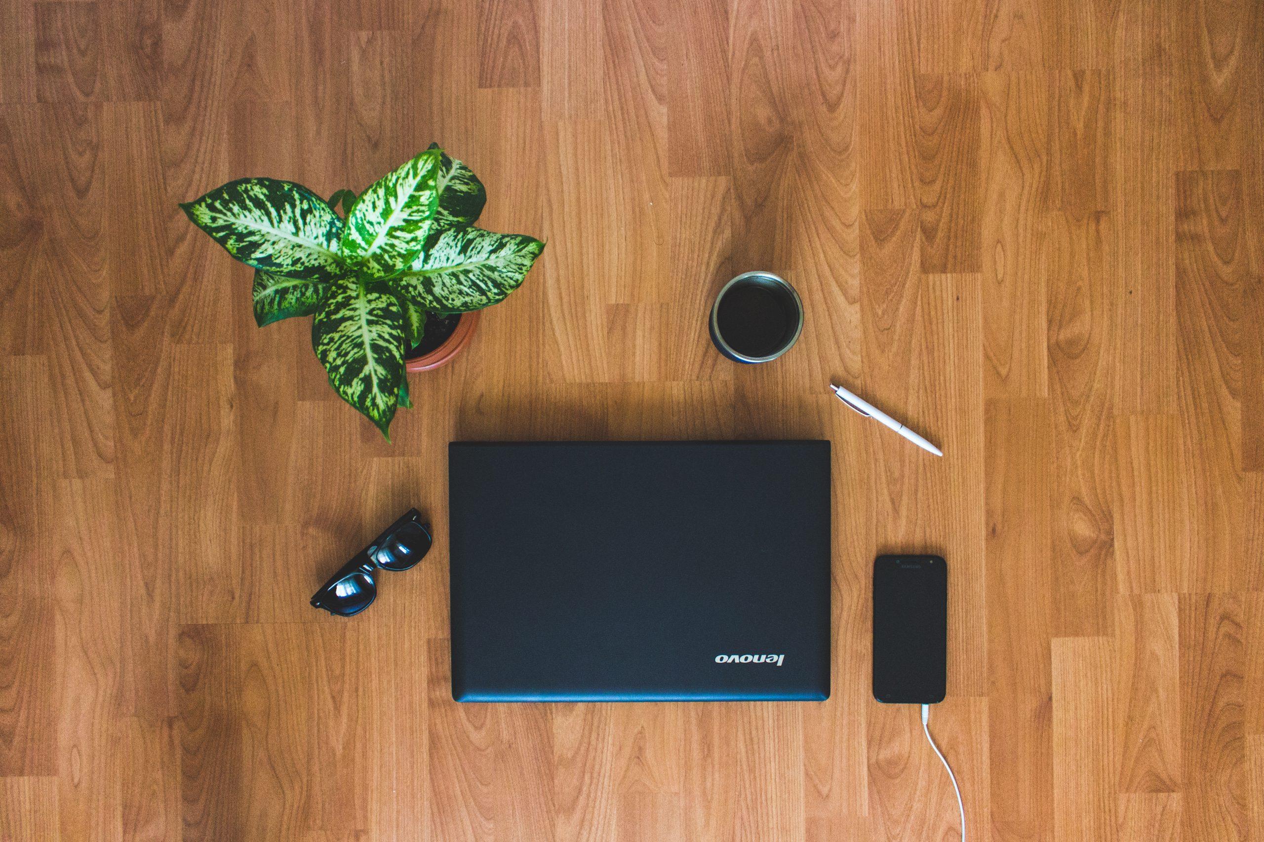 Desktop eller laptop – hvad skal du vælge?